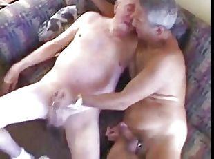 Молодые со старыми порно туб
