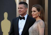 Брэд Питт и Анджелина Джоли поженились