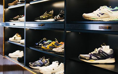 «Кроссовки без заморочек»: команда Fott о новом магазине