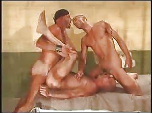porno-tyurma-zona