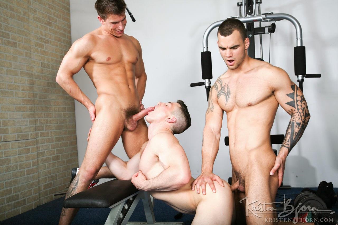Смотреть онлайн порно мускулистых парней фото 230-207