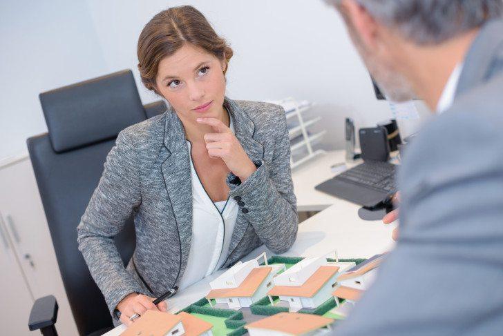 Займ безработным без отказа в офисе летом