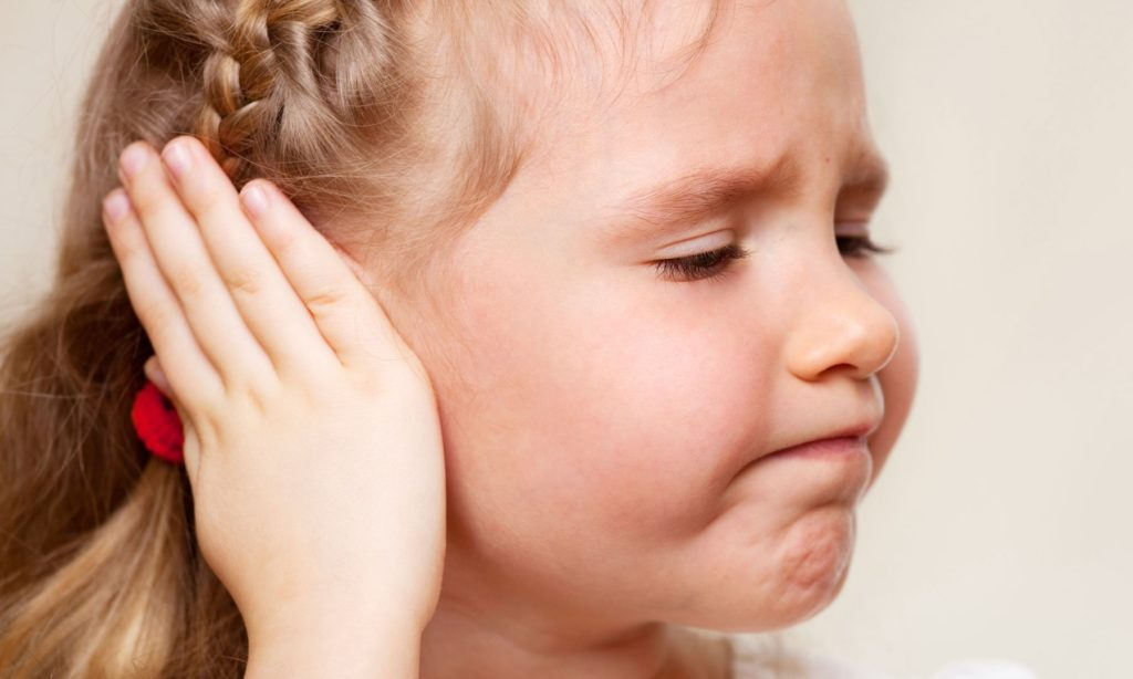Болит ухо у ребенка - simptom-lechenieru