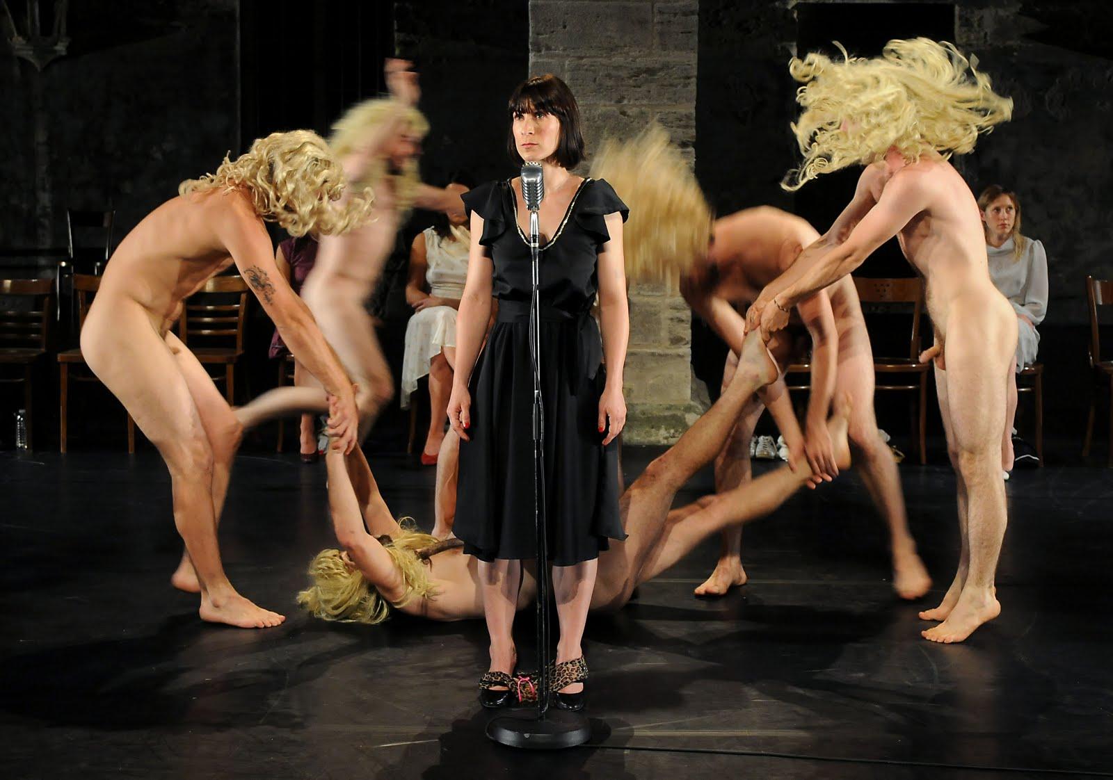 eroticheskiy-teatr-tv-onlayn-smotret-pornuha-foto-tolstih-pisek