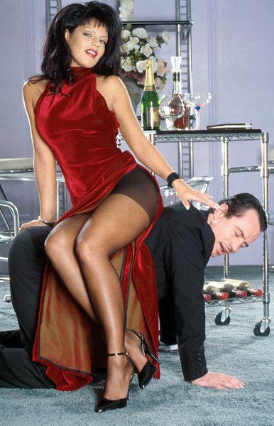 Она ищет его дам полизать волосатую