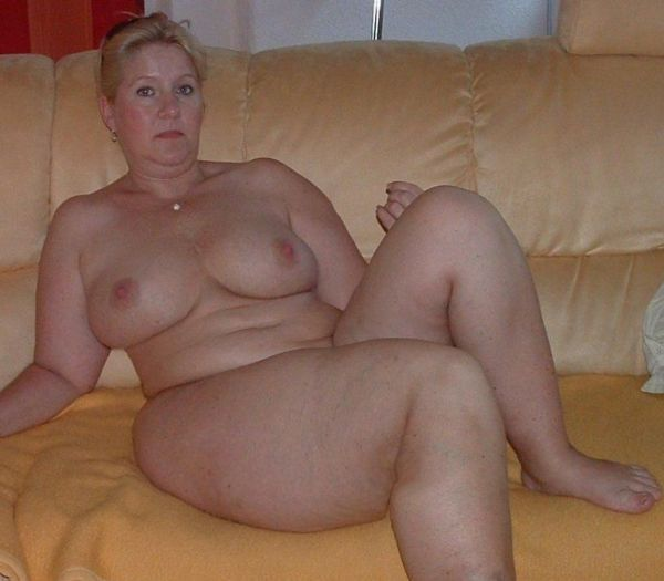 Chubby Mature Wife Threesome