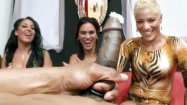 Girls having a squirting orgasms