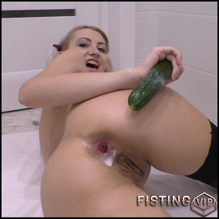 Soft core porn pics