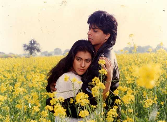 Watch Dilwale Dulhania Le Jayenge (1995) Full Online