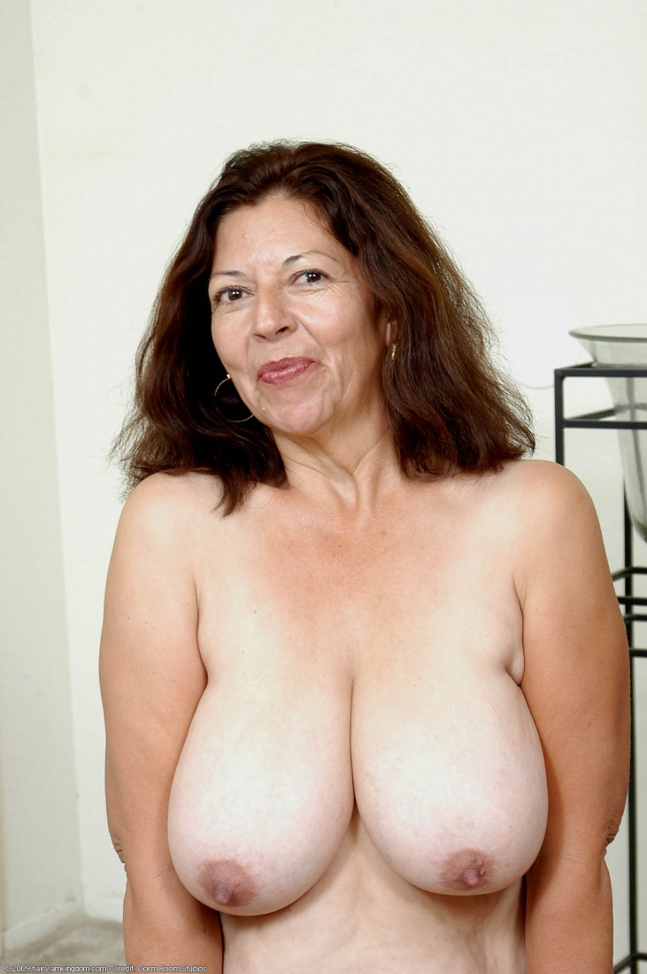 mature women with big tits porn
