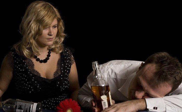 Как вести себя во время запоев с мужем