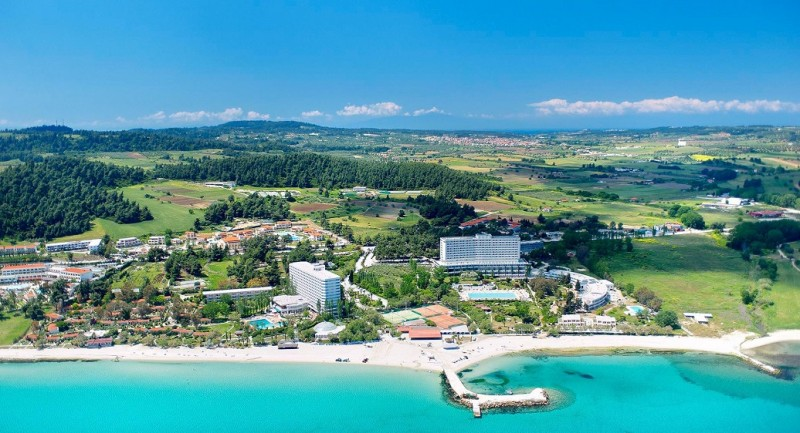 Отель в остров Потидея на побережье