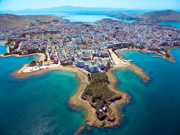 Апартаменты в остров Эвия на море