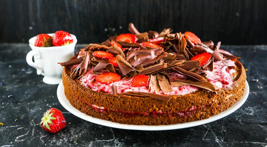Торт клубничный быстро рецепт с фото