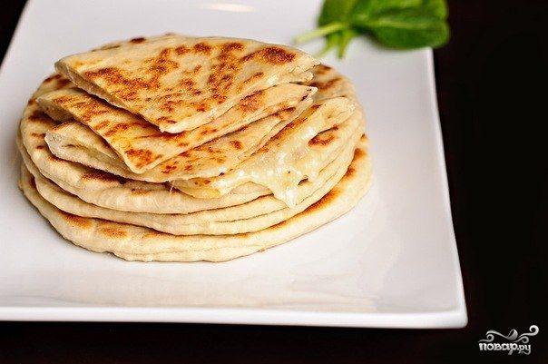 Быстрые хачапури на сковороде видео рецепт с
