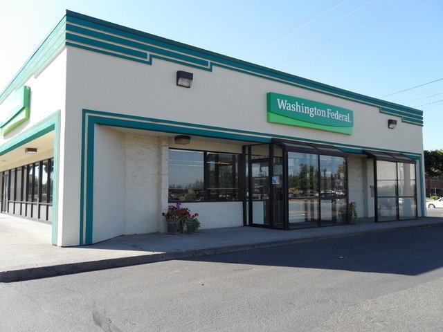 Vancouver loans stores