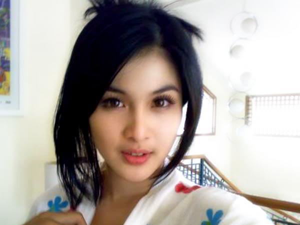 Asian girl girl movie sample