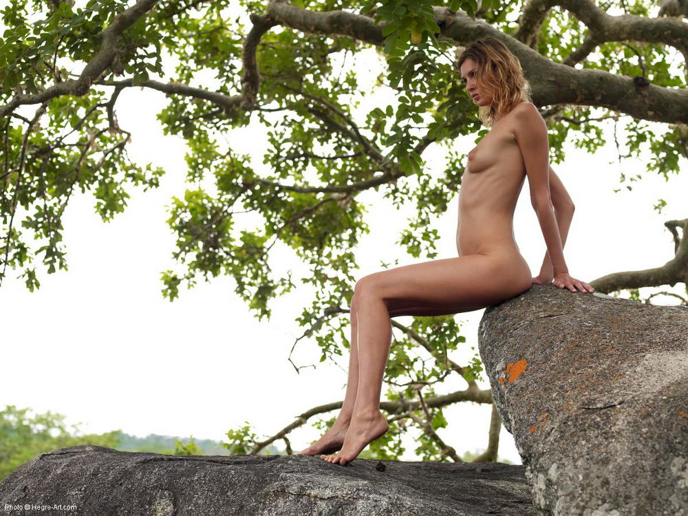 Tamil nude boobs pressing outdoor