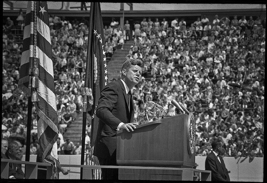 John kennedy speech moon