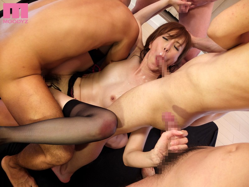 Step mom tabbo handjob