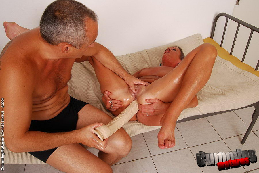 Extreme toy sex hole 09