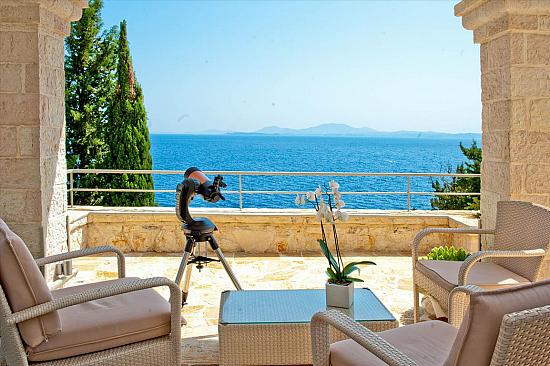 Дом на берегу моря в Корфу