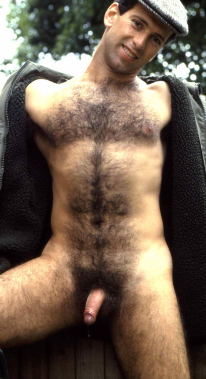 Pictures of pubic hairy men