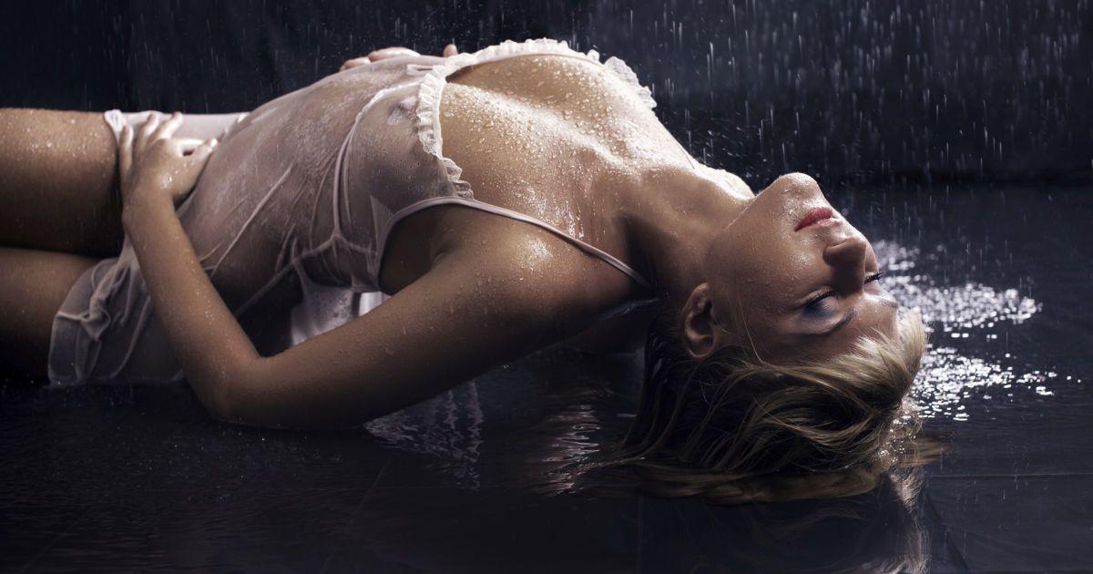 Порно женский оргазм сквирт смотреть онлайн