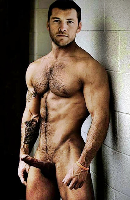 Nude hairy male 7