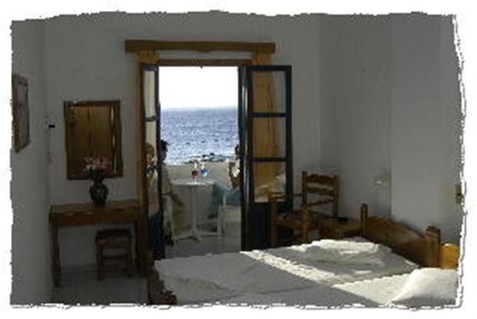 Участок в Карпатос на берегу моря недорого