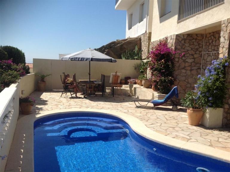Квартиры в испании купить недорого у моря без