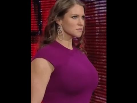 Stephanie mcmahon sexy boobs
