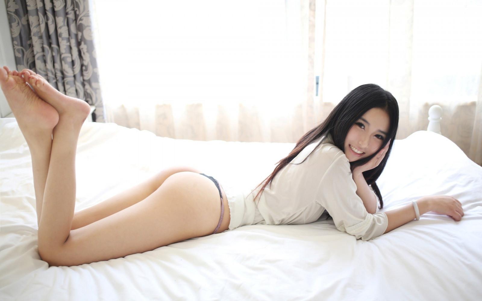 Free beautiful ebony tits
