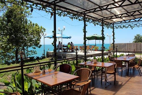Отель в Афон на берегу моря