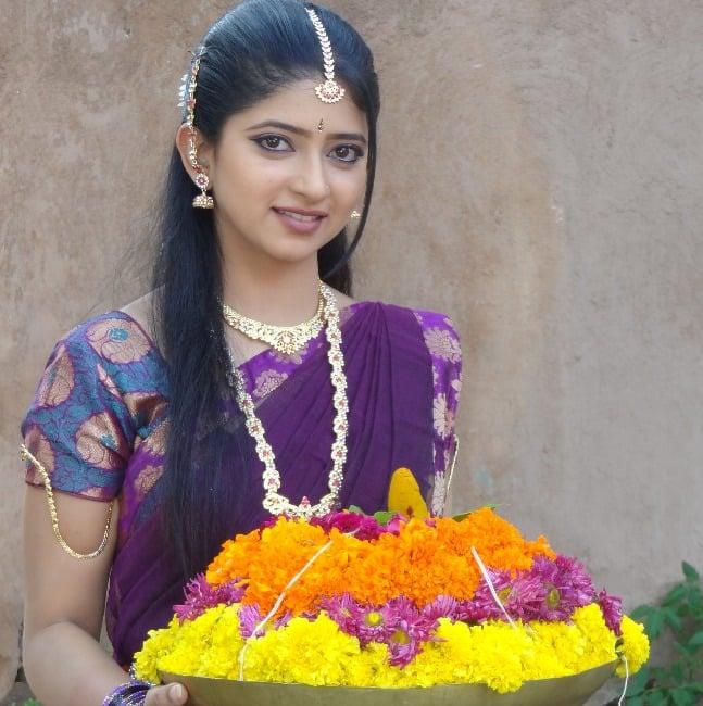 Awards Concerts - Zee TV Watch All Episodes Online