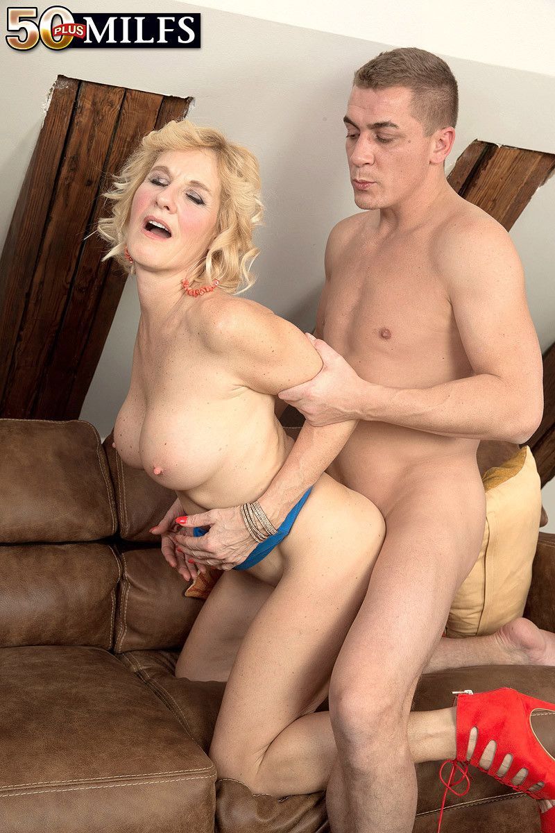 Faye reagan with couple