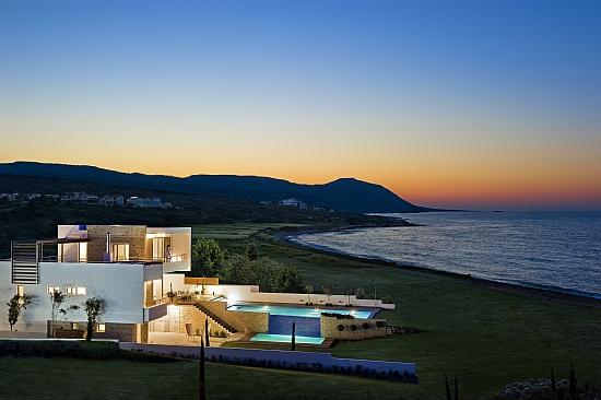 Недвижимость кипр или испания