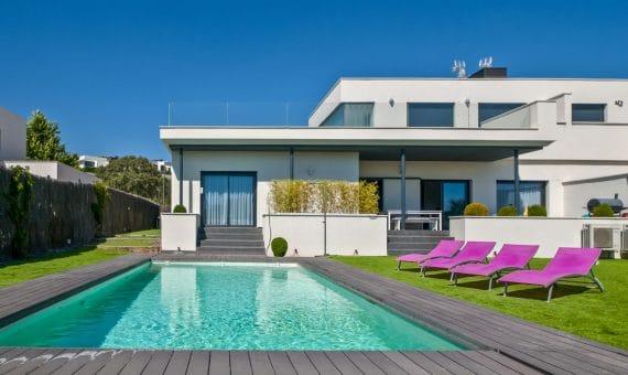 Снять жилье в испании на год