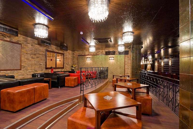 Ресторан Out Hall - фотография 3