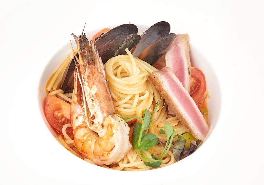 Ресторан Де Марко - фотография 28 - Спагетти с морепродуктами.