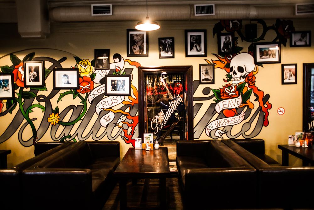 Ресторан Rock'n'Roll Bar & Café - фотография 1