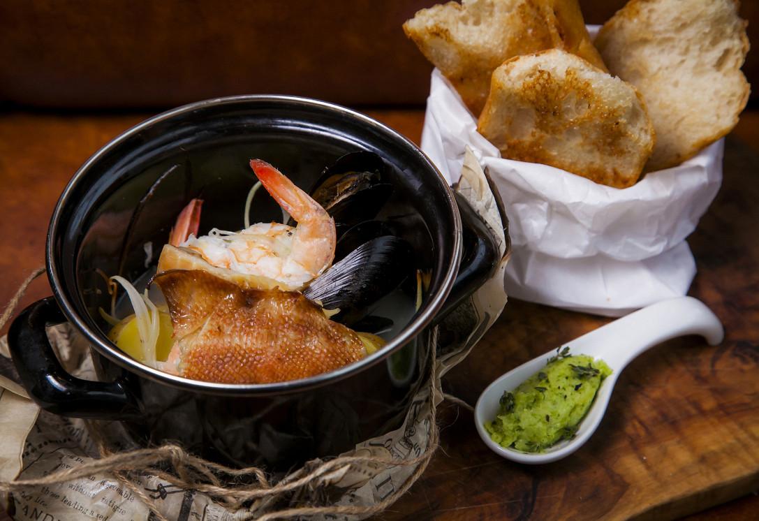 Ресторан Ян Примус - фотография 4 - Котелок рыбака