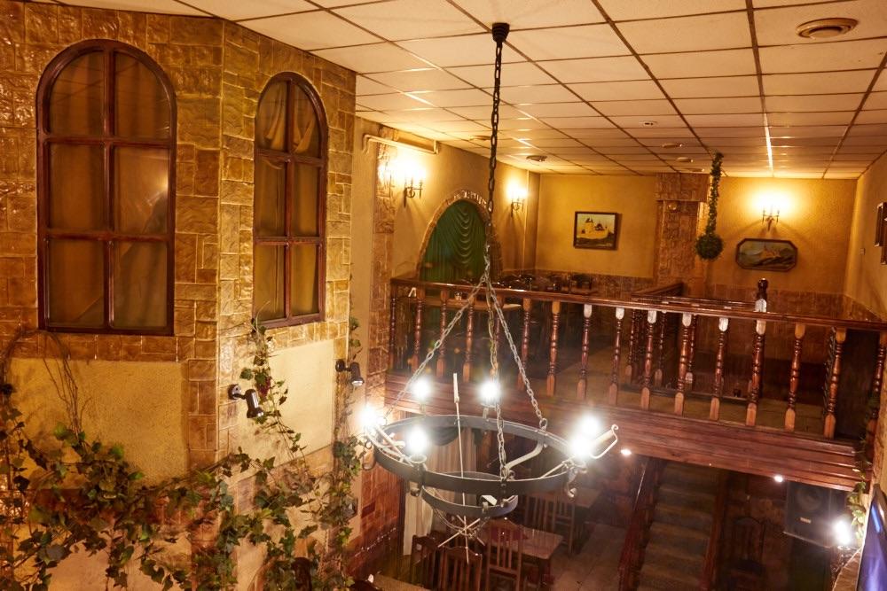 Ресторан Замок Атоса - фотография 2