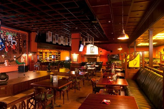 Ресторан Guinness Pub - фотография 8