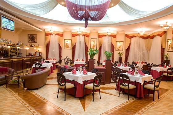Ресторан Рояль - фотография 5 - Ресторан Рояль