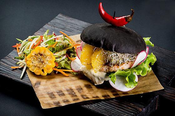 Ресторан Black Burger - фотография 8
