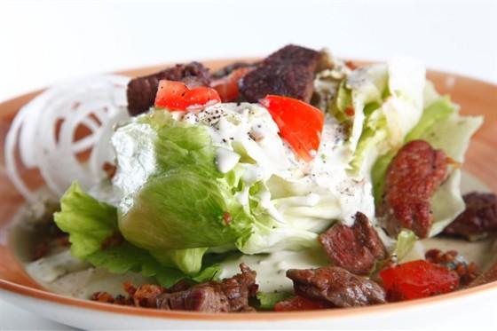 Ресторан Бизон - фотография 27 - Вейдж салат