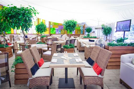 Ресторан Золотой - фотография 34 - летняя веранда