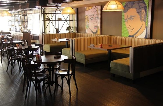 Ресторан 37 холостяков - фотография 2