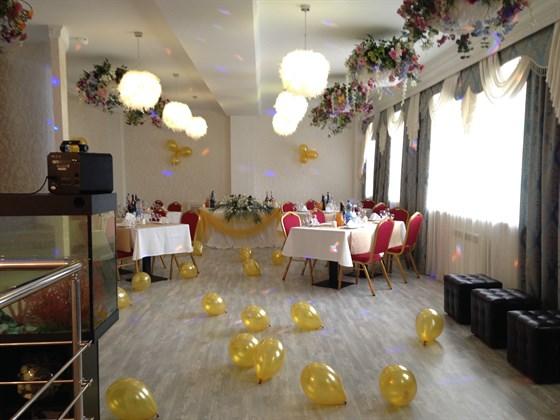 Ресторан Кайф - фотография 7 - 2 этаж